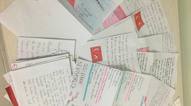 Öğrencilerden Afrin'deki Mehmetçiğe Moral Mektubu