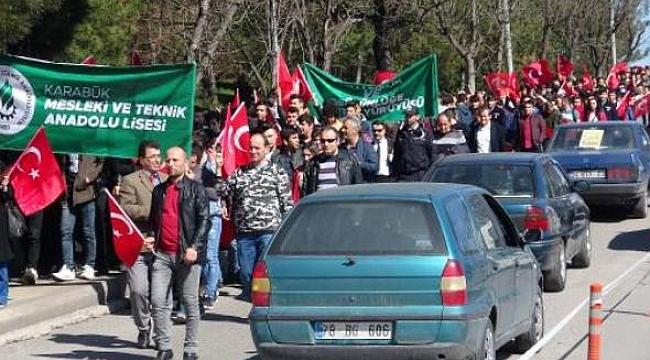 Karabük'te 'Milli Birlik ve Bütünlüğe Destek' yürüyüşü