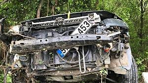 Otomobil Şarampole Yuvarlandı:5 Yaralı