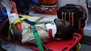 Cibutili öğrenci, motosikletten kaçarken bahçeye düştü