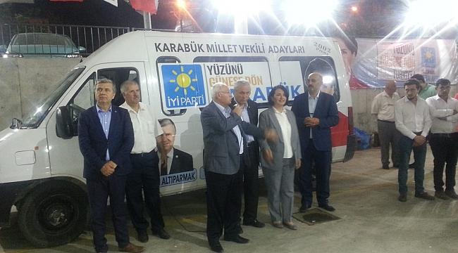 İYİ Parti Safranbolu İlçe Teşkilatı İftar Verdi