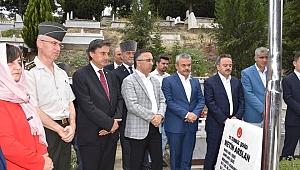 15 Temmuz şehitleri mezarı başında anıldı
