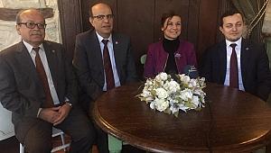 Başkan Adayı Elif Köse, Gazetecilerle Bir Araya Geldi