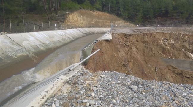 HES Kanalı Patladı, Tarlalar Sular Altında Kaldı