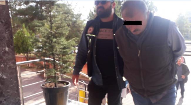 Evinde Uyuşturucu ve mermilerle yakalandı