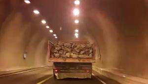 Karabük'te tehlikeli yolculuk