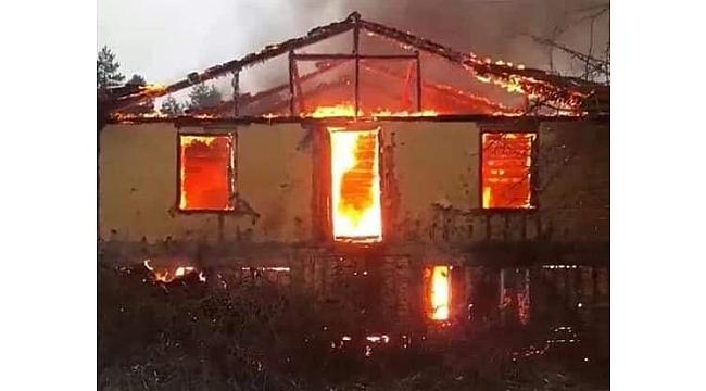 Eskipazar'da  Ev Yangını