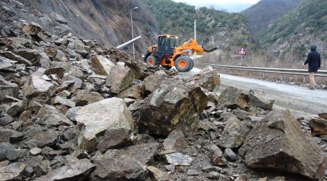 Karabük- Yenice yolu ulaşıma kapandı