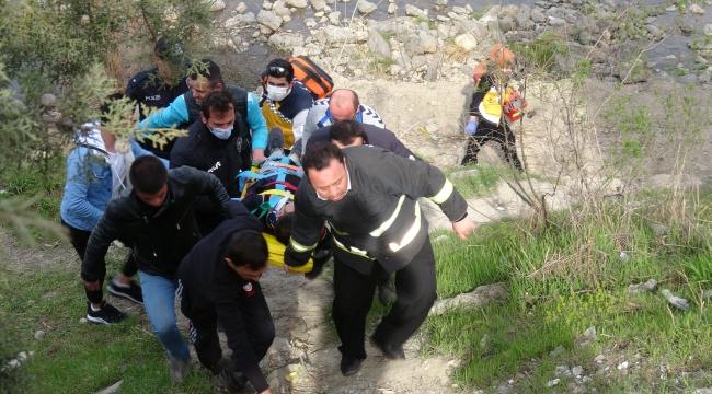 Köprüden atlayan genç, ağır yaralandı