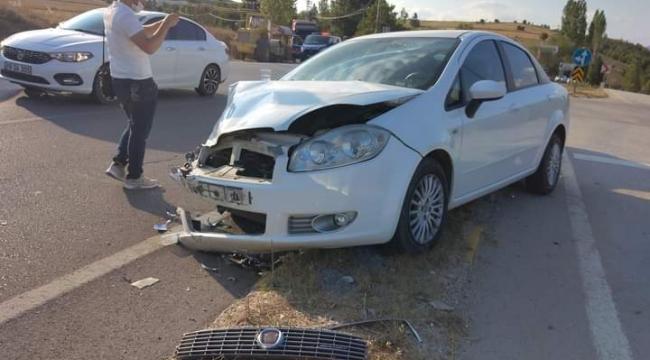 Karabük'te iki otomobil çarpıştı 7 yaralı