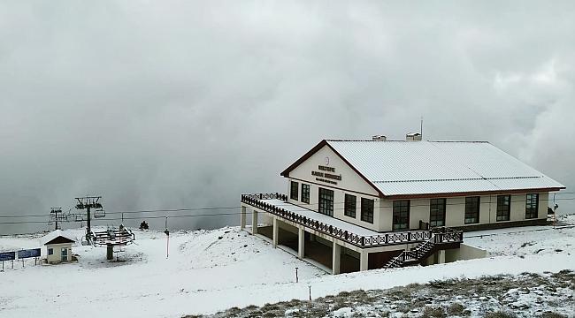 Keltepe Kayak Merkezi beyaza büründü