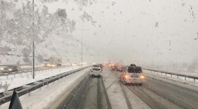 Karabük'te kar yağışı etkili oldu!