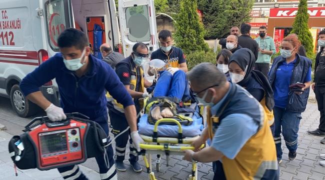 İş Makinesinin Lastiği Patladı, 3 İşçi Yaralandı