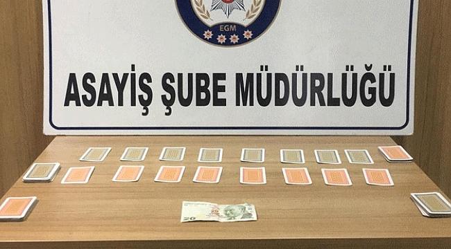 Polis kumar oynayanlara göz açtırmadı
